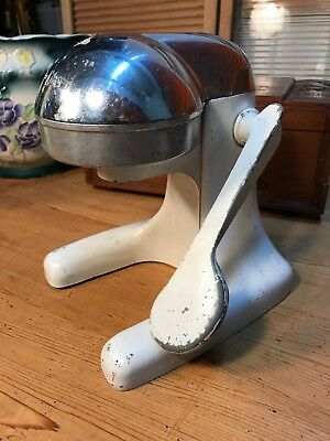 Retro Vintage 1950's Modernist Designer Juice King Kitchen Citrus Juicer