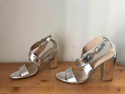 369d06a4001  248 J Crew CALLIE Silver Mirror leather sandal shoes sz 8  38 Made in Italy