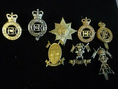 Collection Old English War Badges