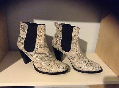 Django And Juliette Animal Print Ankle Boots Size 40