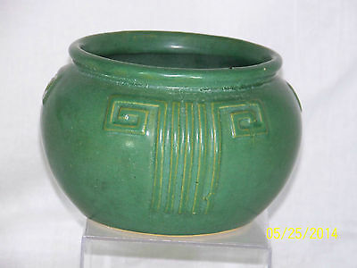 Antique Zanesville #103 Arts & Crafts Matte Green Glaze Art Pottery Bowl Vase