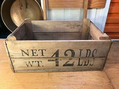 Large Vintage Style Byron Bay Fruit Company 42Lb Timber Carry Display Crate