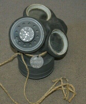 WWII Unused Protective Mask With Carry Bag.
