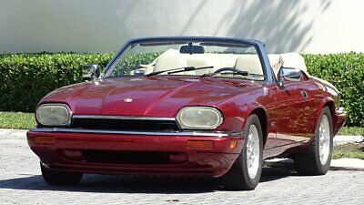 1995 Jaguar XJS CONVERTIBLE 1995 JAGUAR XJS CONVERTIBLE WITH 46000 FLORIDA  MILES IN GREAT SHAPE.