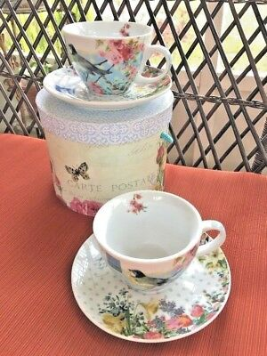 NEW Set of 2 Vintage Bird Floral Butterfly Porcelain Coffee/Tea Mugs in Gift Box