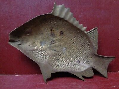 Vintage Solid Fish Ashtray Change Key Tray