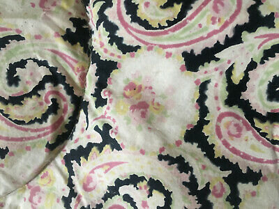 Gorgeous Vintage Eiderdown ~ Pink Paisley Roses ~ Country Chic