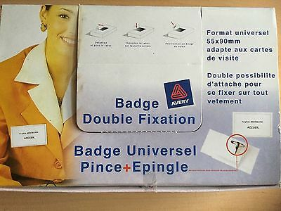 Lot de 50 Badges universels - AVERY - 90 x 55 mm - Double fixation ! Neufs !