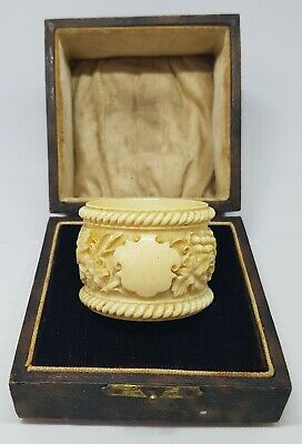 Outstanding Antique Dieppe French Finely Carved Bovine Napkin/serviette Ring