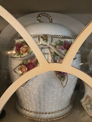 "Royal Albert Old Country Roses Basketweave Cookie Jar 12"" New Without Box"