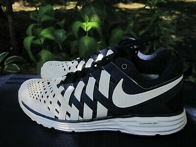 f3dac38239 Nike Fingertrap Air Max Training 599286-401 Size 7 Navy White Finger Trap