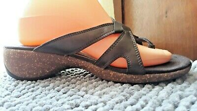 a25855eafc0a MERRELL Women s Sundial Cross Leather Thong Sandals in Bronze Size ...