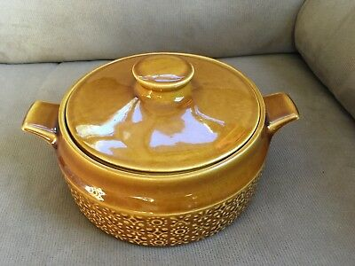 Connemara Celtic Irish Fine Earthenware Casserole Dish Bowl Gold Vintage