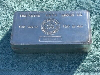 Vintage 100 oz Royal Canadian Mint RCM .999 fine silver bar.    NONE NICER