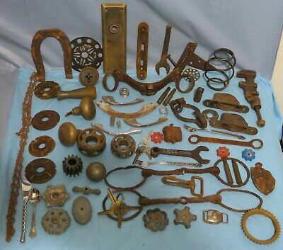 HUGE Lot OF RUSTY RUSTIC Vintage & Antique GRUNGY JUNK DRAWER  ART CRAFT DECOR