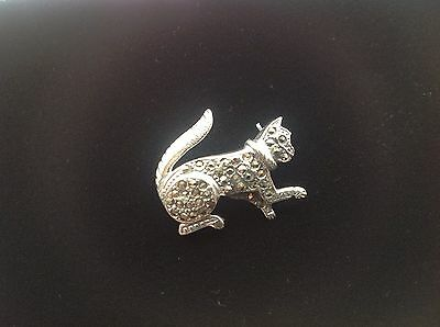Sterling Silver marcasite cute playing Pussy cat brooch Vintage style Kitten Pin