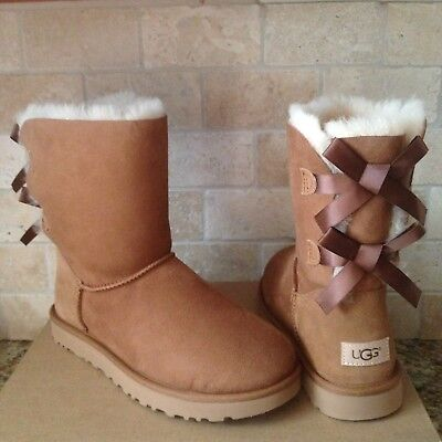 9e54bd0f1d3 UGG SHORT BAILEY Bow Ii Black Water-Resistant Suede Boots Size Us 6 ...