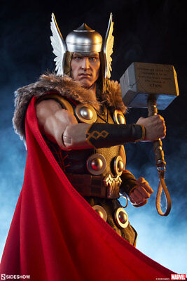 The Mighty Thor~Sixth Scale Figure~Marvel / Sideshow Collectibles~Mibs