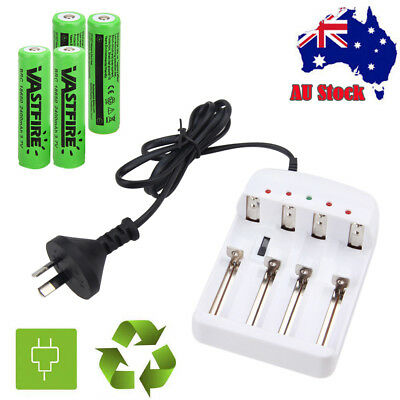 Rechargeable 18650 3.7V 2400mAh PROTECTED Lithium Battery i4 Slot Smart Charger