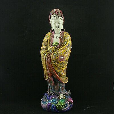 Chinese Exquisite Handmade porcelain Guanyin statue
