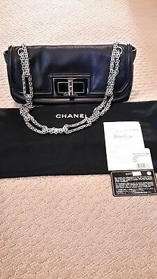 63f0829b423752 Authentic CHANEL Classic Black Flap Bag w/ Heavy Chain w/Org Receipt NEVER  USED