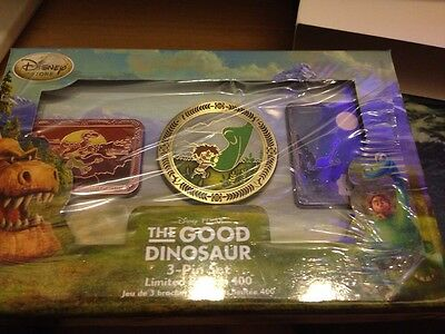 FANTASY LE 50 LARGE PIN WITH ARLO /& SPOT FROM DISNEY THE GOOD DINOSAUR W// STITCH
