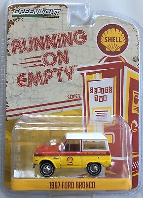 2017 Greenlight RUNNING ON EMPTY SHELL OIL 1967 FORD BRONCO PICKUP TRUCK - new!