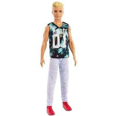 Barbie Fashionista Ken Doll Game Sunday - 116