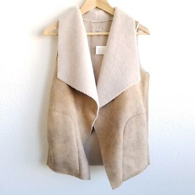 f2a1fd04689 Ecote Womens Natural Sherpa Vest New Size Small MSRP  89 Urban Outfitters