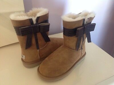 2acbfbdd03f WOMENS SZ 9 UGG Josette Suede Leather Gray Bow Boots - $30.00 | PicClick