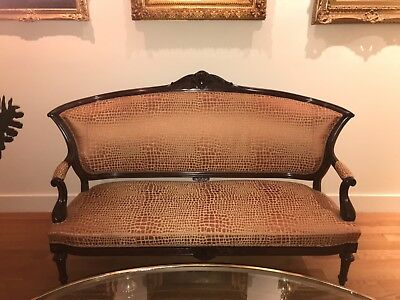 Antique Victorian Shield Back Carved Wood Reupholstered 3 Pc Settee Parlor Set