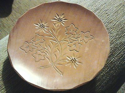 Vintage Willi Huggler Rare Hand Carved Wooden Wall Plaque Plate 17Cm Diameter