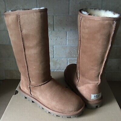 900a5ad8bf5 UGG CLASSIC TALL Essential Chocolate Suede Sheepskin Boots 5 7 9 ...