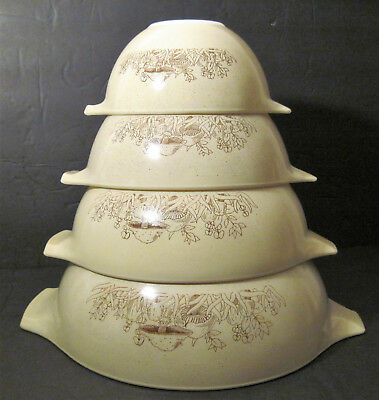 Set 4 CINDERELLA Vtg Pyrex FOREST FANCIES MUSHROOM Mixing Batter Bowls VERY NICE