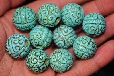 10 pcs Chinese Turquoise Head Carved *Fret* Beautiful Beads    A7
