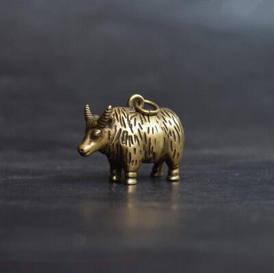 Chinese old antique Pure brass Zodiac cattle small pendant statue