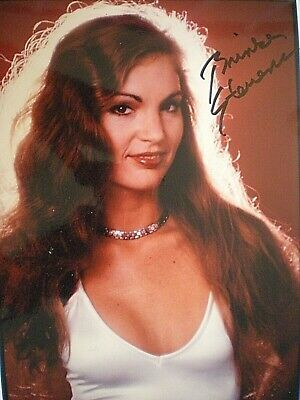 Stunning Hand Signed Sexy Young Photo Brinke Stevens-Beautiful Hair-Scream Queen