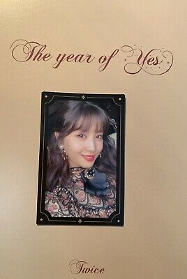 Official twice momo photocard for Year Of Yes album