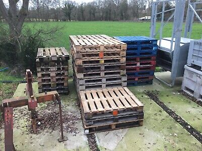 Used EUR 1 & 2 Wooden Pallets