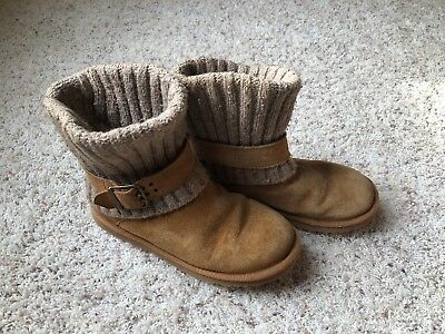 9412e321a2b UGG BOOTS Sz 9 Cambridge Grey Sweater With Buckle Womens - $65.00 ...