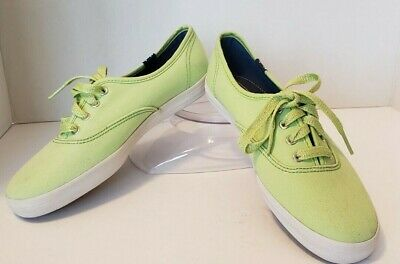 df3fa9157 Women s KEDS CHAMPION Size 6 Green Canvas Casual Sneakers Shoes WF46377M