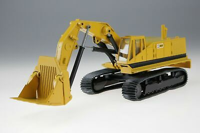 NZG Modelle Caterpillar West Germany Excavator CAT 245 #160-177 1/50 with box