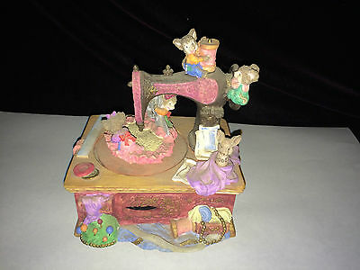 """Vintage Music Box Playing """"Tea For Two"""" Mice Antique Sewing Machine Sew Busy"""