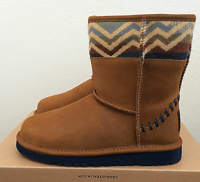 ae3d8455b1cec Girls Kids Size 1 UGG Classic Short Deco Pendleton Winter Boots Brown  Limited