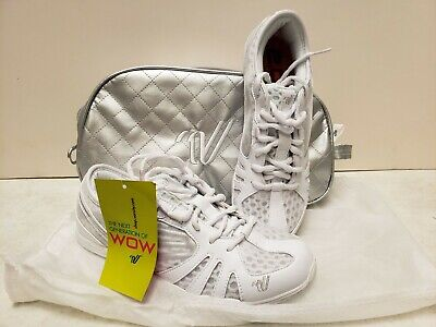 9448e26b39 Varsity Last Pass 2.0 Cheer Shoes Size 7.5 White NEW IN BAG Cheerleading  Shoes