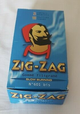 Zig-Zag Premium Blue Rolling Papers Full Box 25 Double Booklets Of 100 Papers