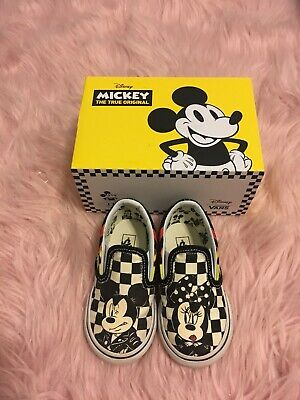 5a256b14e6ef02 VANS X DISNEY Mickey   Minnie Mouse Classic Slip-On Shoes Toddler ...