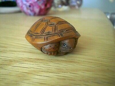 Hand carved wood netsuke tortoise hides in shell collectable boxwood figure