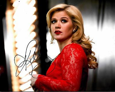 Kelly Clarkson American Idol The Voice Signed 8x10 Photo
