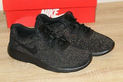 check out 43851 5d47d NEW Nike Tanjun SE Youth Girls Size 7Y Sneakers in Black Glitter